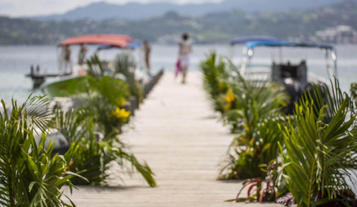 Se marier aux Caraïbes : sur un îlet en Martinique