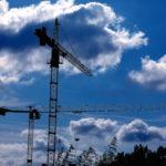Grue de chantiers de construction.