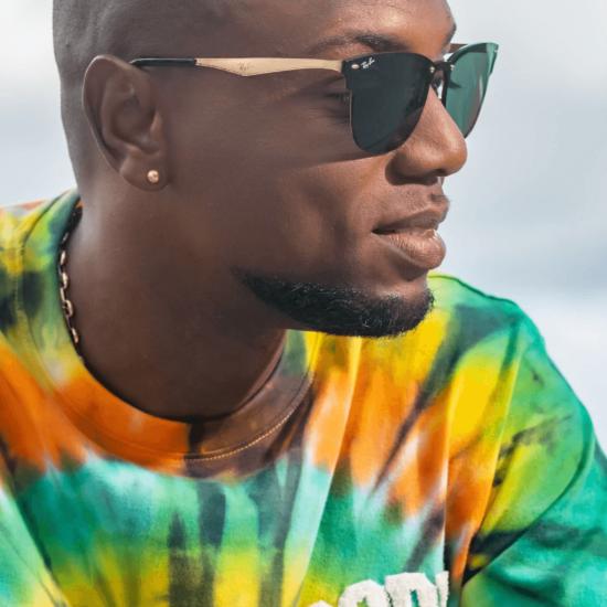 Interview MAXI format : dans la tête de Misié Sadik, artiste authentique